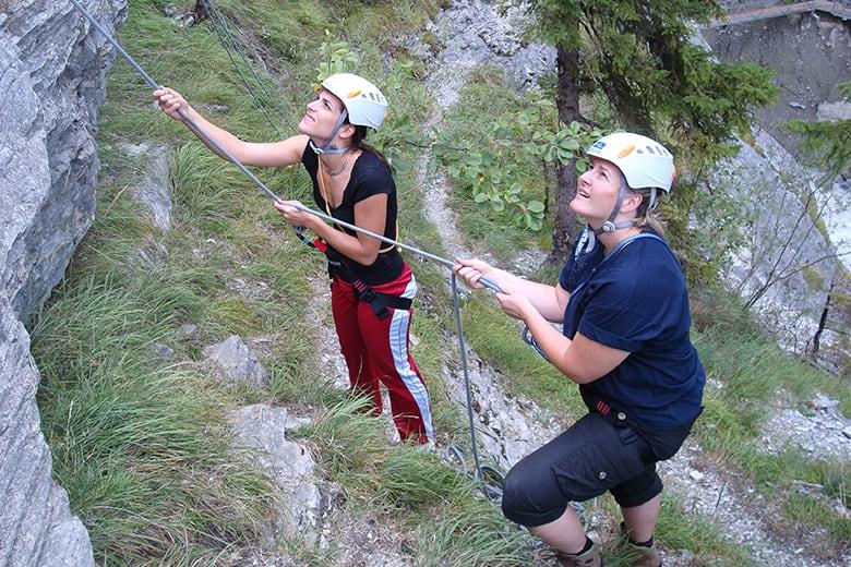 Klettergurt Abseilen : Abseilen von der solkan brÜcke u onnose adventures